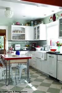 Retro Kitchen Design Pictures 25 Best Ideas About Retro Kitchens On Vintage Kitchen Farm Kitchen Interior And