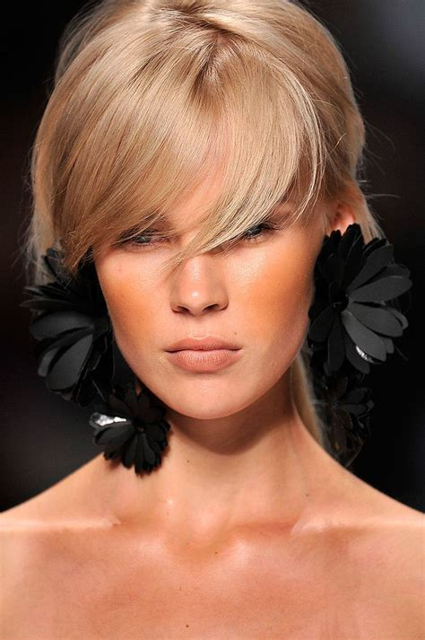 hairstyle ideas with accessories 408 best accessories bring glam images on pinterest