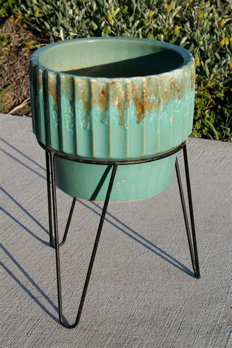 Iron Planter Stand by Robinson Ransbottom Planter With Wrought Iron Plant Stand