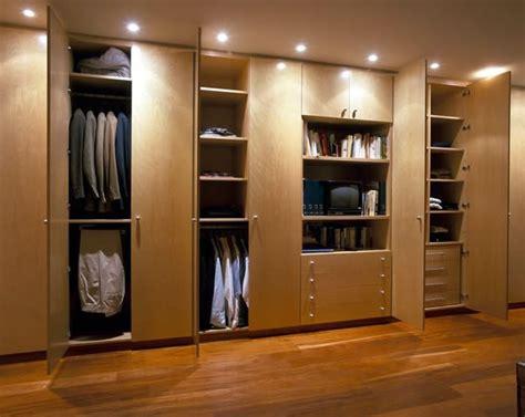 Kleiderschrank Organisieren by Den Kleiderschrank Intelligent Organisieren 50 Pl 228 Ne Und