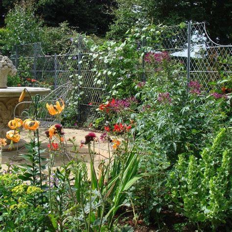 Garden Trellises For Climbing Plants Trellis Panels Posts Trellis Fencing