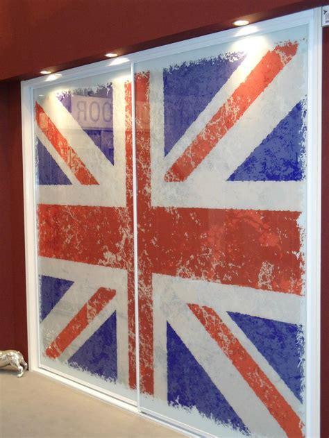 union jack bedroom sliding doors england themed bedroom pinterest