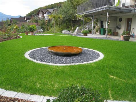 decorazioni giardino aiuole decorazioni giardino aiuole anfore per giardino with
