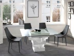 table carr 233 e