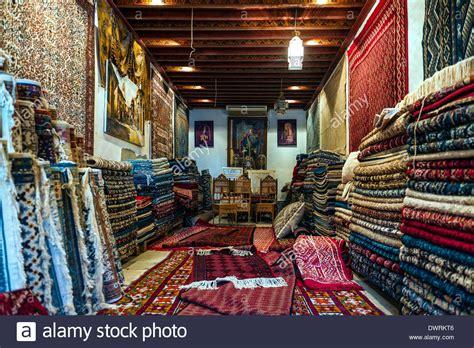 shop teppiche nordafrika tunesien tunis teppiche shop stockfoto bild