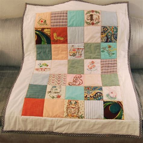 Diy Baby Quilt by Embroidered Baby Quilt Diy Diy Home