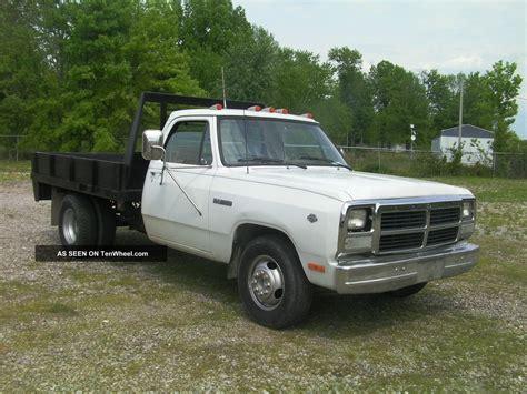 dodge ram 350 1992 dodge ram 350 d30 5 9 liter v 8 automatic o d