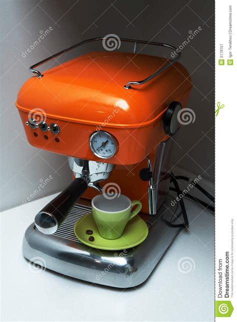 moderne kaffeemaschine moderne kaffeemaschine stockbild bild cappuccino
