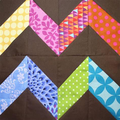 Zigzag Quilt Block   FaveQuilts.com