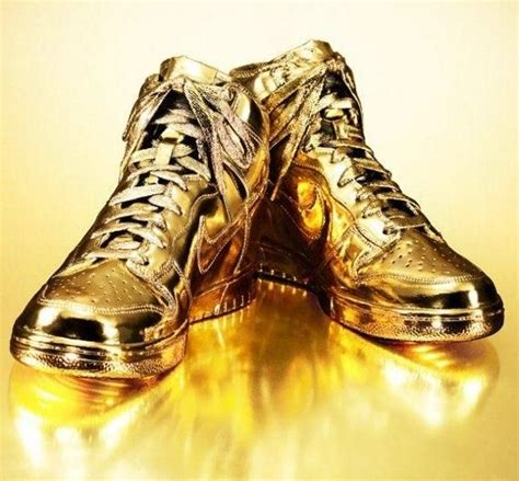 10000 dollar shoes most expensive and ordinary things