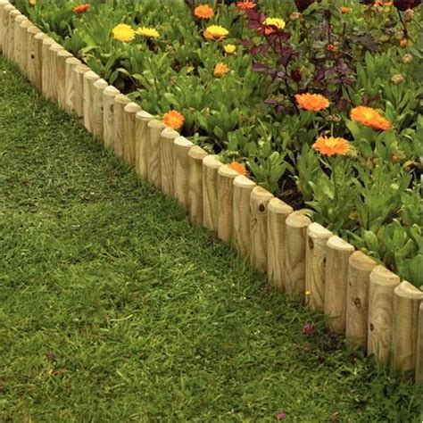 Garden Fencing Ideas Uk Garden Border Ideas Uk Gardens Fencing Garden Edgings Log