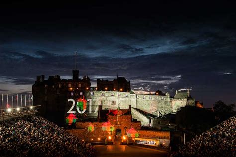 a splash of tartan at the edinburgh royal tattoo 2017