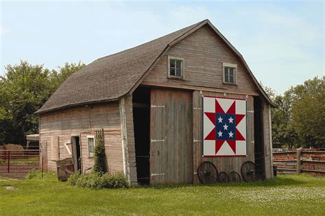 Barn Quilts In Iowa by Iowa Barn Quilt Sawtooth Block Household Ideas
