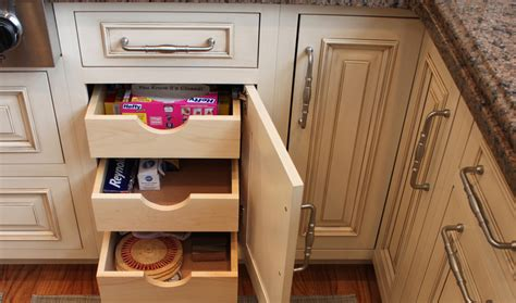 how to select kitchen cabinets how to choose new kitchen cabinets and drawers aston black