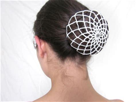 ravelry: hair bun cover crochet pattern pattern by leah spell