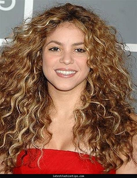 Hairstyles For Thick Curly Hair by Haircuts For Thick Curly Hair Latestfashiontips