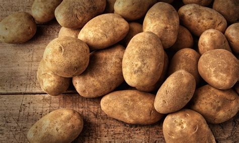 frequently large amounts a lot of potatoes reduces risk of stomach cancer foodtribute