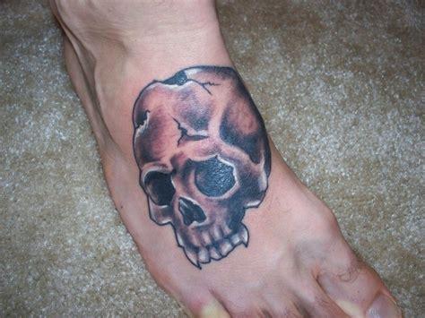 cool skull tattoo designs 50 outstanding skull tattoos on foot
