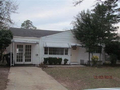 houses for sale in dothan alabama 1210 cannon dr dothan al 36301 bank foreclosure info reo properties and bank owned