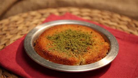 Tas Turki 3 turkish sweet tas kadayif fried in tash kadayif stock footage 7462534