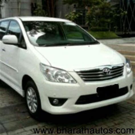 Exclusive Insulator Fortuner 27 Bensin 2011 spied toyota innova facelifted in indonesia