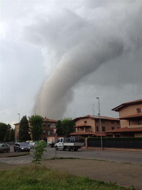 meteo lavello diretta supercella temporalesca in pianura padana violenti