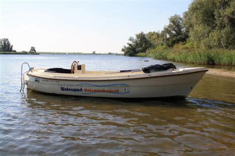 bootje biesbosch drimmelen bij watersport botenverhuur kunt u een fantastische sloep