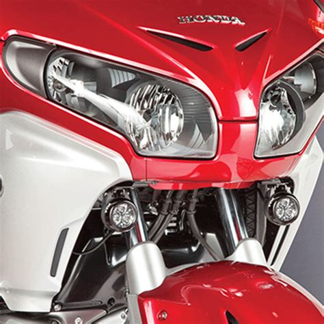 goldwing driving lights reviews piaa honda goldwing 1100 led sport touring driving l