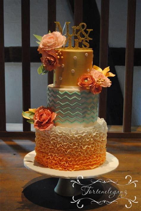 Hochzeitstorte Apricot by Hochzeitstorte Modern Klassisch Besonders