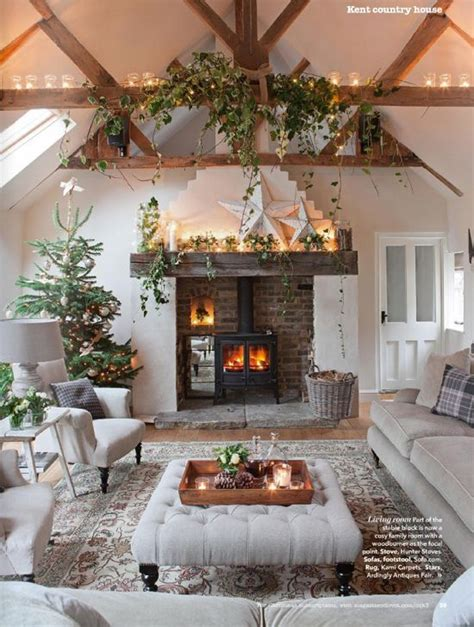 our favorite living rooms decorated for christmas 17 best ideas about christmas living rooms on pinterest