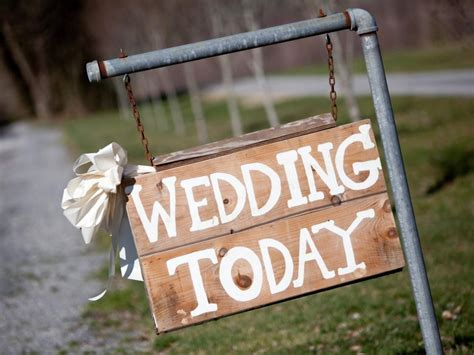 Country Home Decor Cheap 23 Ideas For Easy And Cheap Wedding Signs And Banners Gac