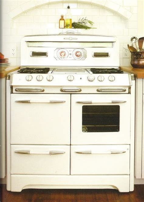 antique kitchen appliances best 25 vintage appliances ideas on pinterest