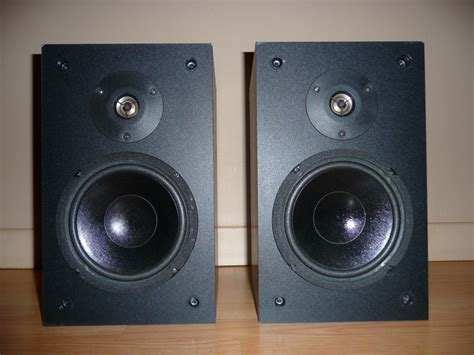 used bookshelf speakers a pair used bookshelf speakers