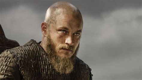 ragnar shaved head vikings 3 episode vii paris patricia bracewell