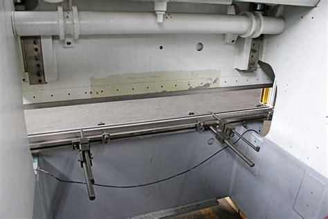 calculator adira adira 55 ton down acting hydraulic press brake norman