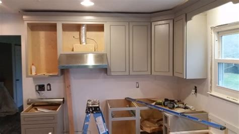 kitchen cabinet crown molding to ceiling remodeling your crown molding on kitchen cabinets