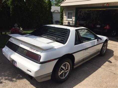 old car manuals online 1985 pontiac fiero security system 1985 pontiac fiero gt white classic pontiac fiero 1985 for sale