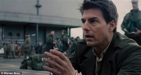 film tom cruise alieni edge of tomorrow when groundhog day meets the matrix and