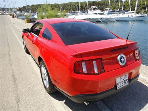 Mustang Auto Cijena by Ford Mustang Race Red Index Oglasi