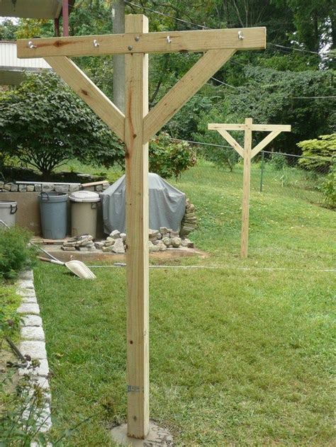 Backyard Clothesline by 25 Best Ideas About Clotheslines On Clothes