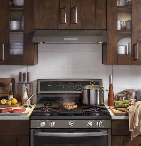 ge under cabinet range hood ge pvx7300ejes 30 inch under cabinet range hood with 400