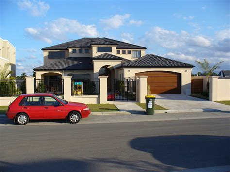 file gold coast suburban home jpg