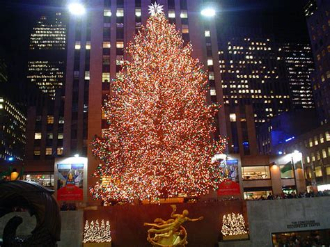 restaurant with view of christmas tree at rockefeller rockefeller center tree the 88 i thi flickr