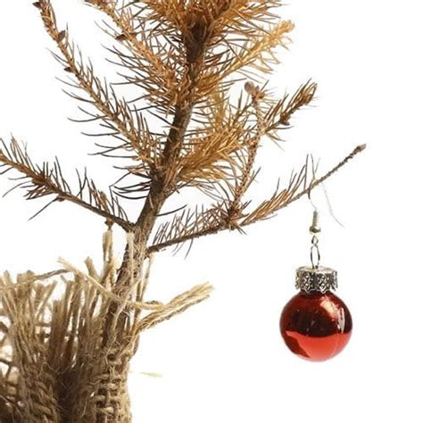 how to dispose of old fake christmas tree 2 great ways to dispose of your tree in bloomington in elkins apartments