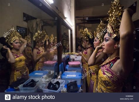 Daster Legong Bali Ready Stock legong dancers stock photos legong dancers stock images
