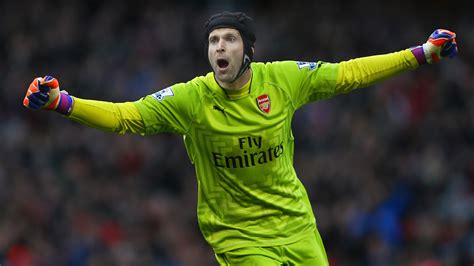 arsenal goalkeeper petr cech arsenal edit goal com