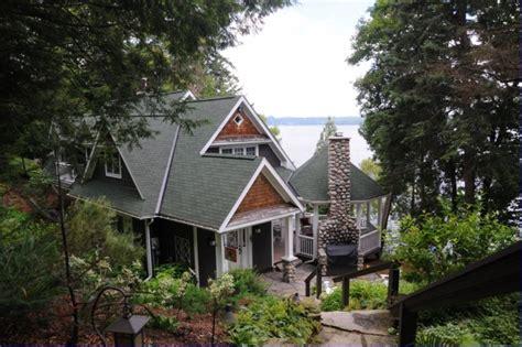 Derek Roy Cottage by Muskoka Ontario Canada Where I Live Rotary E Club Of