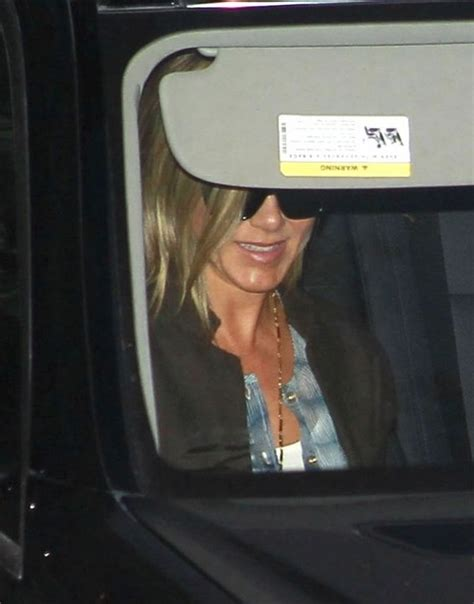 Aniston Shower by Aniston Photos Photos At Emily Blunt S