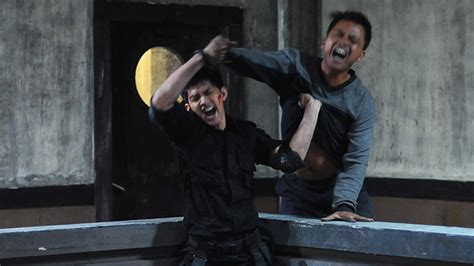 download film iko uwais the raid the raid redemption with iko uwais martial arts action