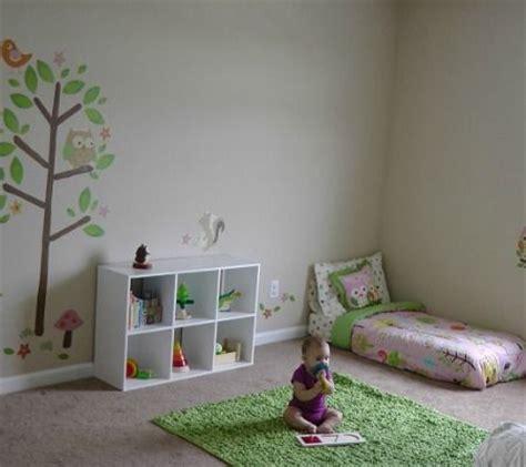 amenagement chambre montessori une chambre montessori pour b 233 b 233 pourquoi pas b 233 b 233 et moi